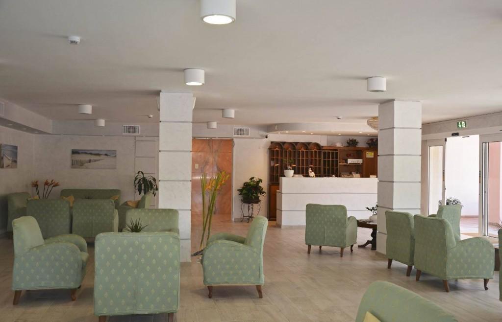 Ampia hall albergo Rosengarden