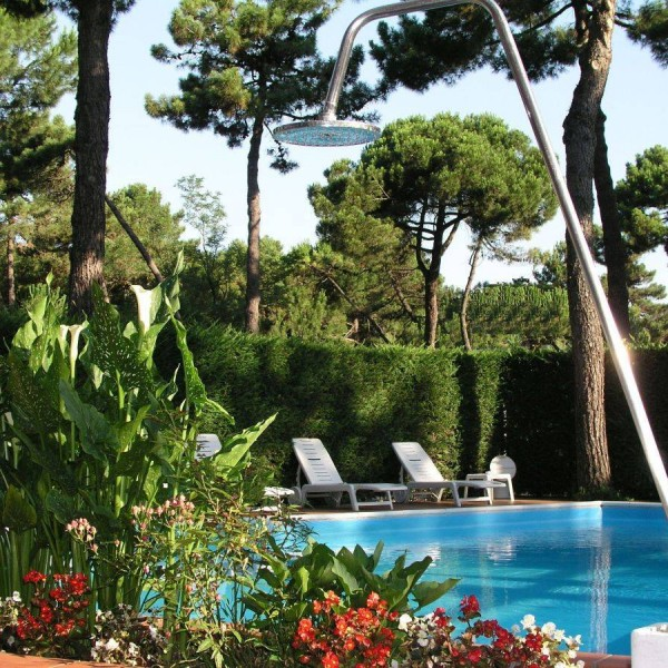 Piscina all'Hotel Rosengarden